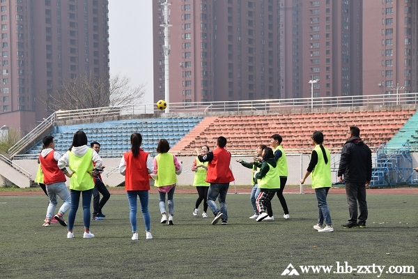 武汉某电子商务公司拓展训练活动