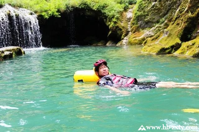 夏季户外拓展,怎能缺少马拉河激情戏水?