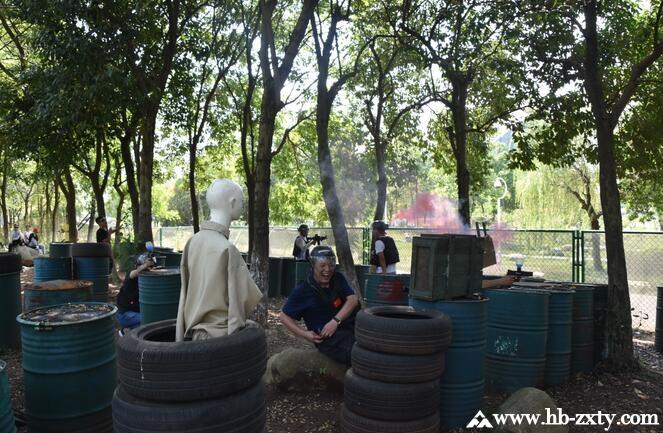 武汉泛海物业第五期员工团建拓展培训