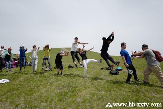 在拓展培训中,团队如何体现协作能力?