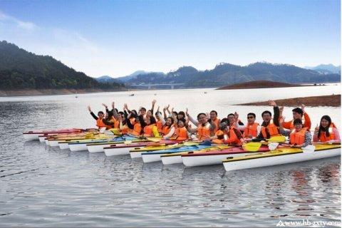 户外拓展之皮划艇,让你拥有速度与激情般的体验!