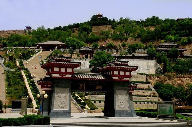 甘肃拓展基地:灵台荆山森林公园