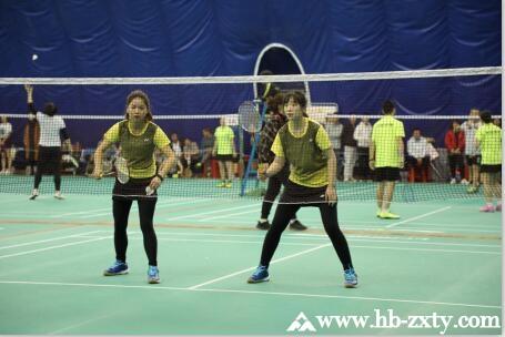 旅发投集团第六届职工羽毛球比赛圆满成功