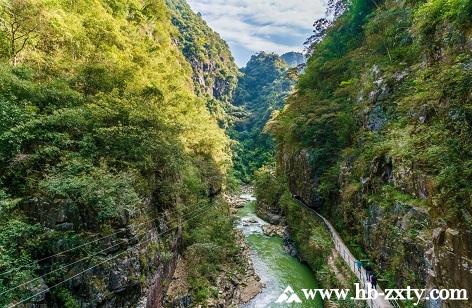 广东拓展基地:韶关乳源大峡谷