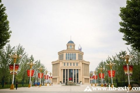 武汉拓展基地:汉口江滩团建拓展基地